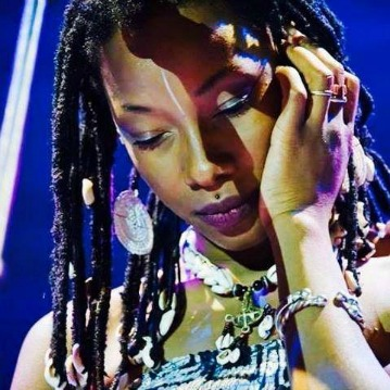 Fatoumata Diawara | From Paris Jazz Clubs to Stardom